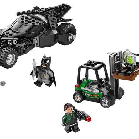 LEGO Batman Batmóvil Intercepción de Kriptonita