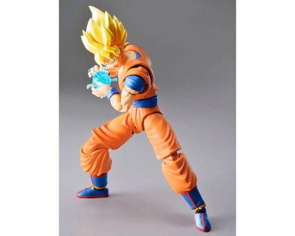 Figura Super Saiyan Goku New Version